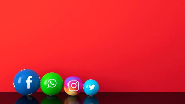 紅色桌子上的大理石社交媒體服務圖示的球狀形狀 - twitter 個照片及圖片檔