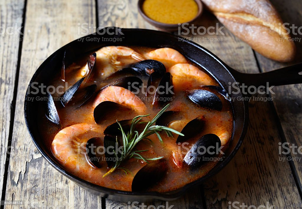 Spicy seafood soup bouillabaisse with prawns, mussels, lobster. Sauce Rouille – Foto