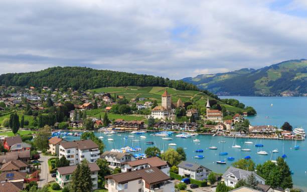 spiez, schweiz - thun switzerland stock-fotos und bilder
