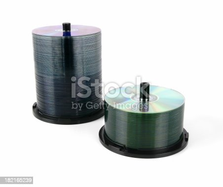 istock CD & DVD spindels 182165239