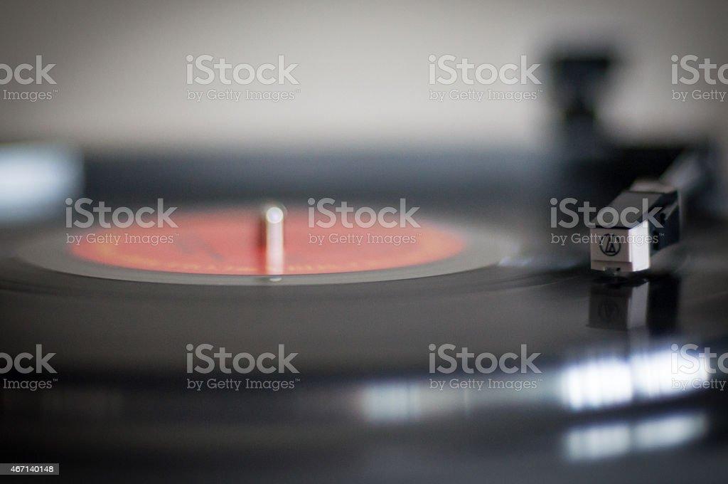 Spinning Rekord auf Plattenspieler – Foto