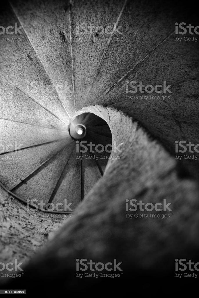 Escaleras en espiral - foto de stock