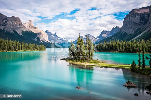 istock Spirit Island in Maligne Lake at Sunset, Jasper National Park, Alberta, Canada 1010884322