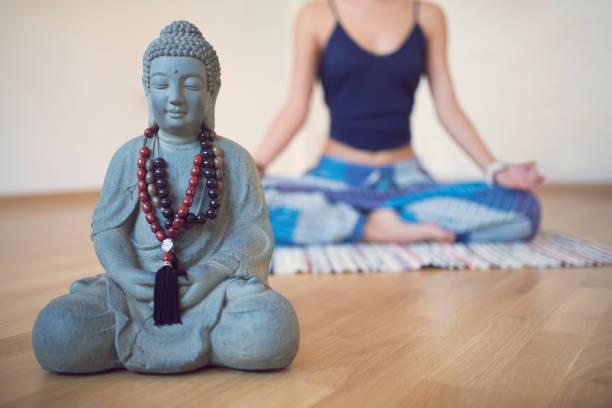spirituelle erwachen - feng shui einrichten stock-fotos und bilder
