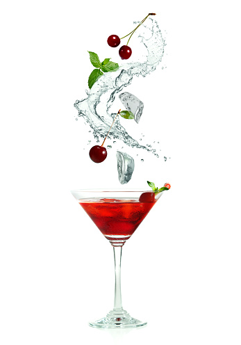 istock splash and cocktail 502258520