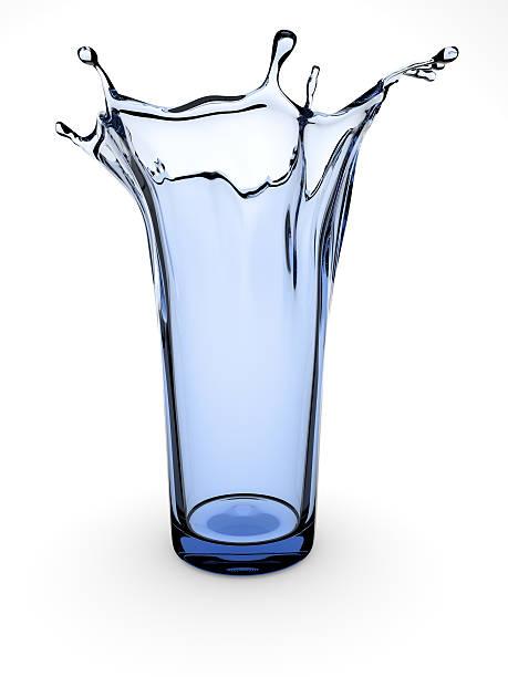 spritzendes wasser glas - glasskulpturen stock-fotos und bilder