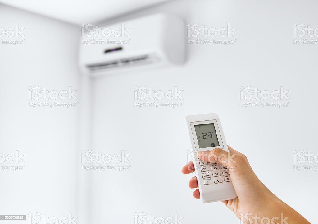 Split air conditioner on a white wall. - foto de stock
