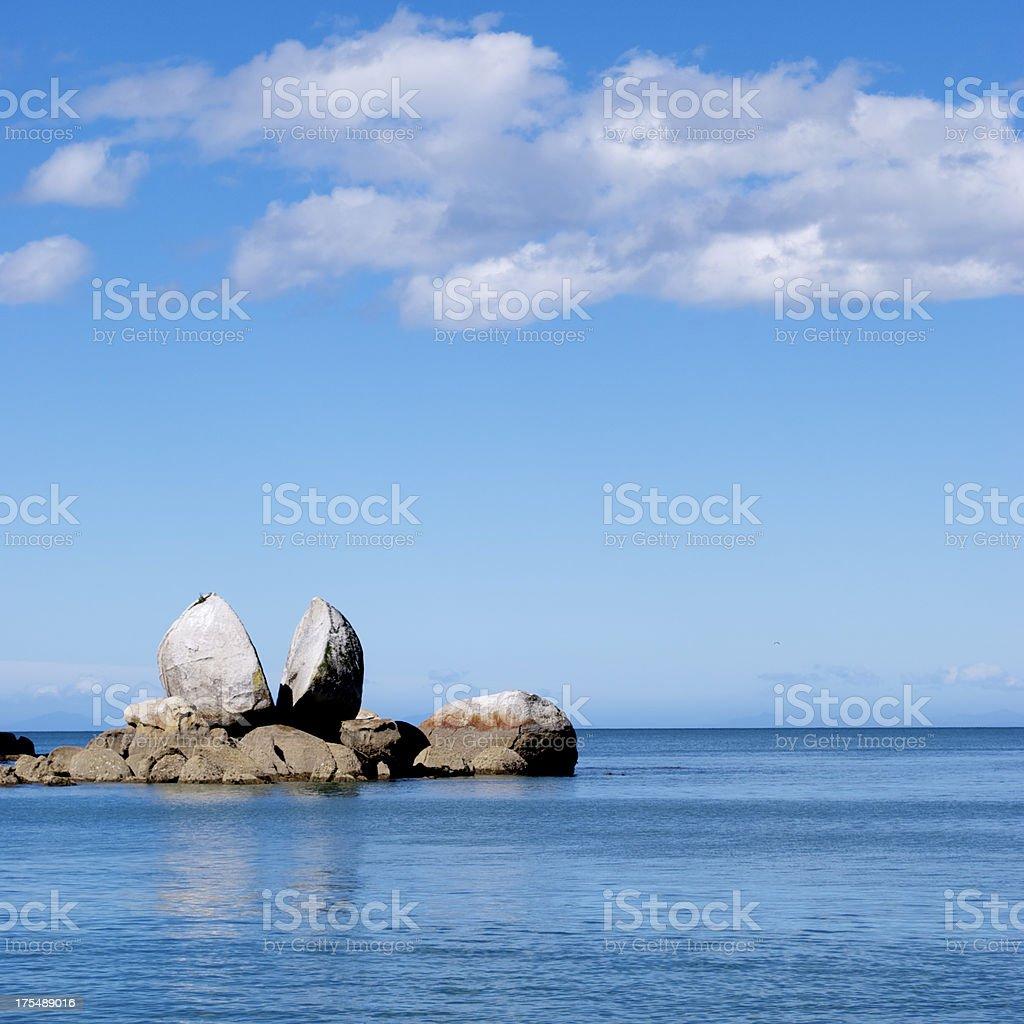 Split Apple Rock, Abel Tasman National Park, New Zealand stock photo