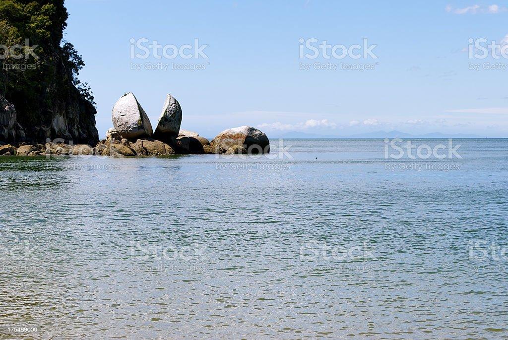 Split Apple Rock, Able Tasman National Park, NZ stock photo