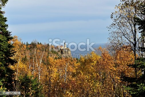 876420064istockphoto Split Rock Lighthouse during Fall 1188773918