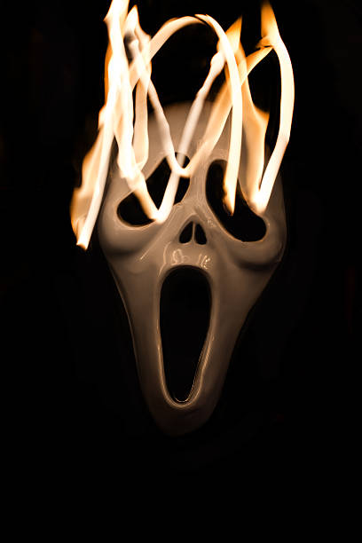 Spooky halloween mask with movement of flame – Foto