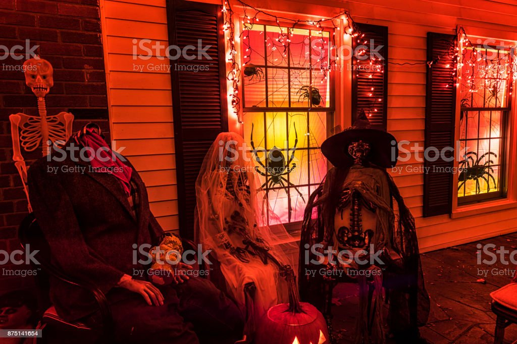 Gruselige Halloween Trick or Treat dreifach Ghul Hochzeitsparty – Foto