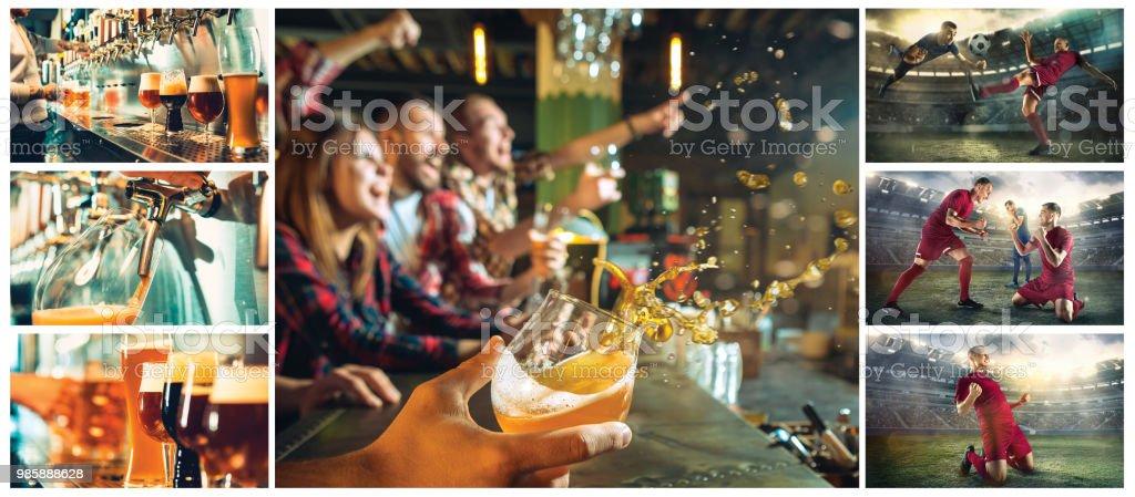 conceito de esporte, gente, lazer, amizade e entretenimento - feliz futebol fãs ou amigos homens bebendo cerveja e comemorando a vitória no bar ou pub - foto de acervo