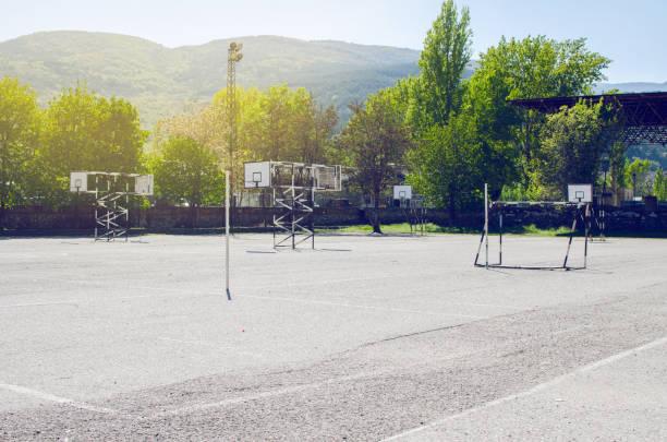 sport playground - 校庭 ストックフォトと画像