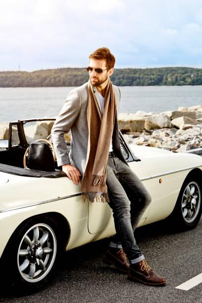 sportwagen-dude - 1m coupe stock-fotos und bilder