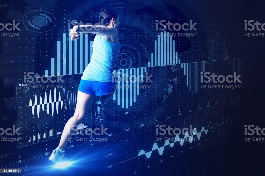 deporte concepto de ingeniería. mujer corriente y varios información vital. - foto de stock