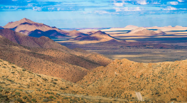 Spreetshoogte Pass in central Namibia, connecting the Namib Desert with the Khomas Highland. Spreetshoogte Pass in central Namibia, connecting the Namib Desert with the Khomas Highland traversing the Great Escarpment. antipode stock pictures, royalty-free photos & images