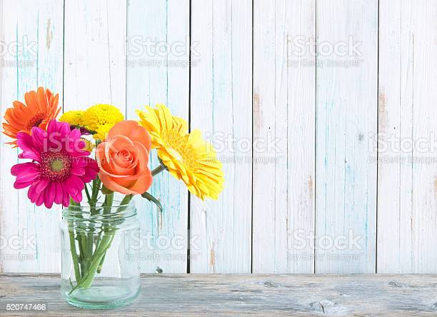 Spring flowers picture id520747466?b=1&k=6&m=520747466&s=612x612&h=0qijesuwkh2jlhcekqzwwfkqklsl 9khth2gblzlkli=
