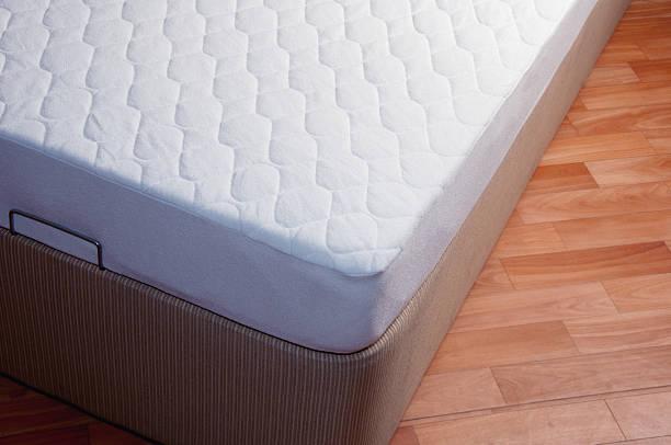 spring mattress - yatak stok fotoğraflar ve resimler