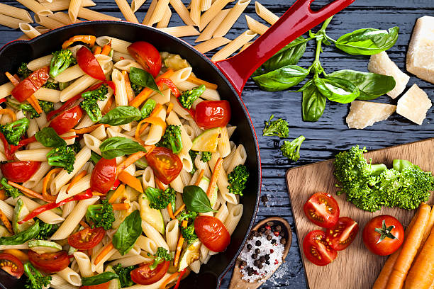 pasta primavera - vegetarian stock photos and pictures