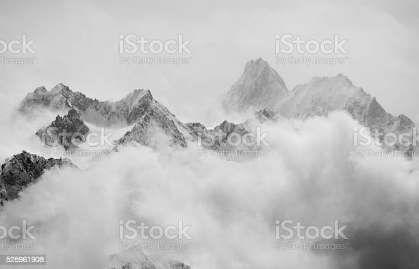 Photo of Spring snow showers in the alps