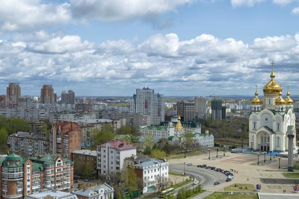 Springtime in the city. Khabarovsk, Transfiguration Cathedral, Glory square. Far East, Russia. May, 2017 republic of karelia russia stock pictures, royalty-free photos & images