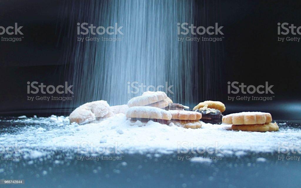 besprenkeld slagroom suiker kerst biscuits - Royalty-free Achtergrond - Thema Stockfoto