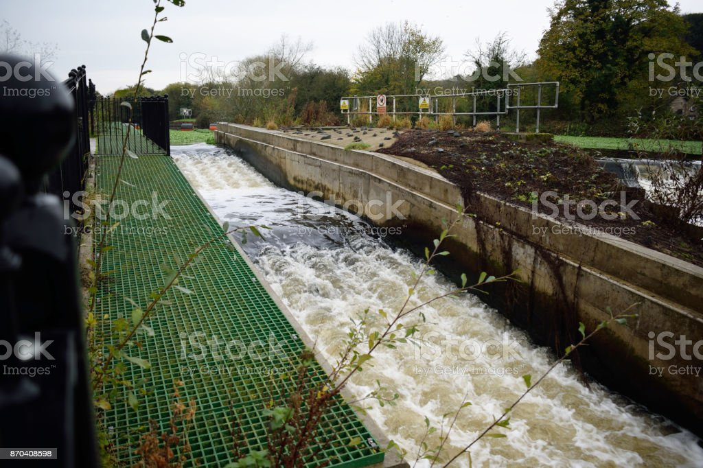 Sprotbrough and Warmsworth River Don Weir Salmon Run Fish Pass stock photo