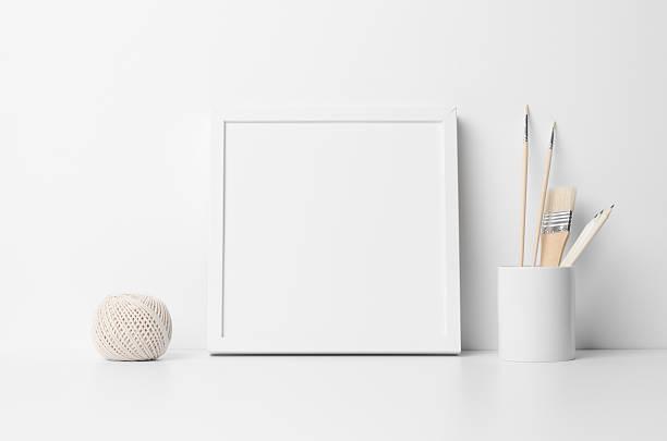 square frame mock-up - anrichte weiß stock-fotos und bilder