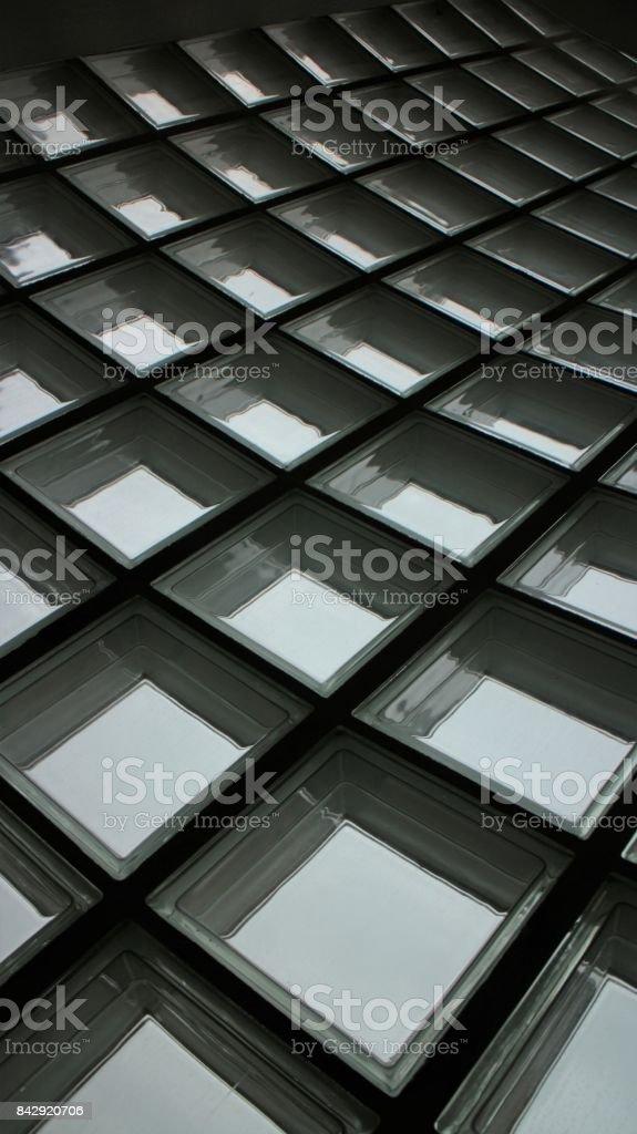 Fundo da parede de vidro quadrado - foto de acervo