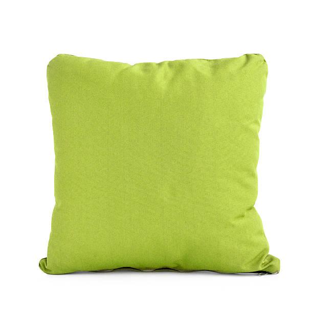 square grüne kissen oder kissen, isoliert auf weißem hintergrund - kissen grün stock-fotos und bilder