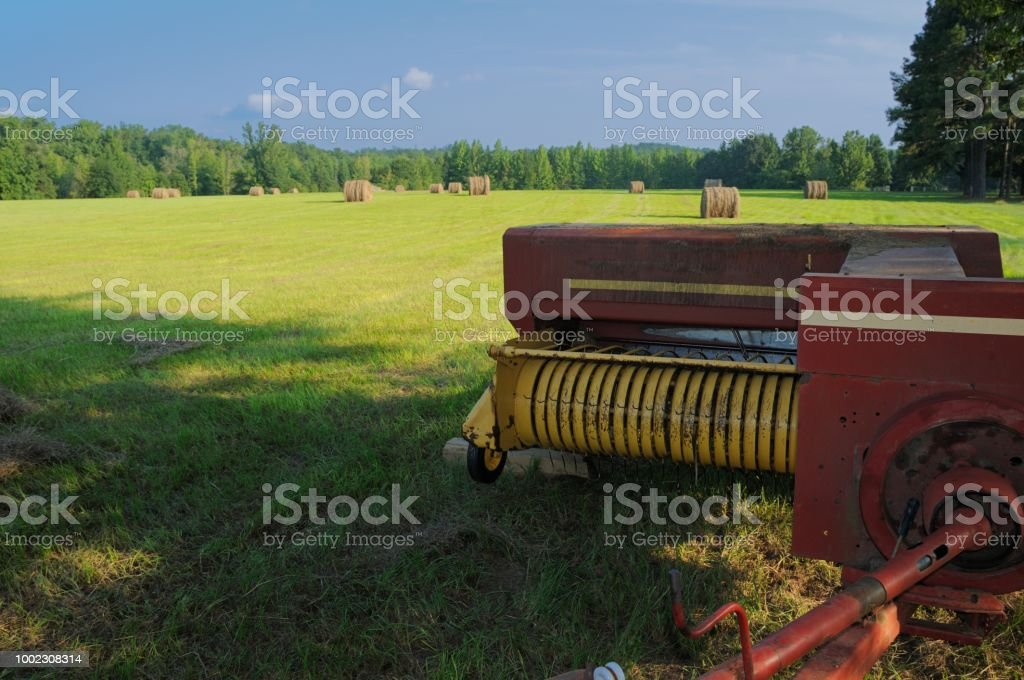 Square Hay Baler Stock Photo - Download Image Now - iStock