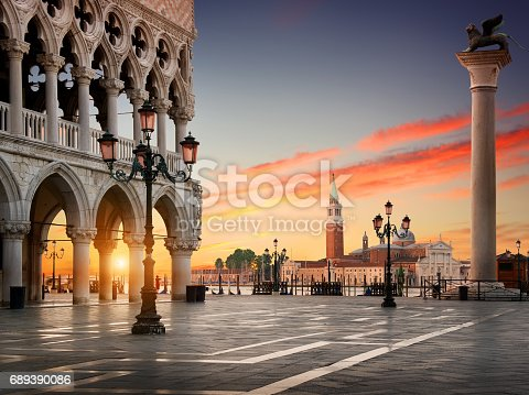 istock Square San Marco 689390086