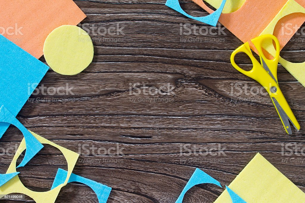 Square Tangram puzzle game on a wooden table. foto stock royalty-free