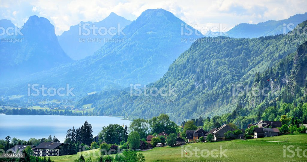 St. Gilgen aldeia, Áustria foto de stock royalty-free
