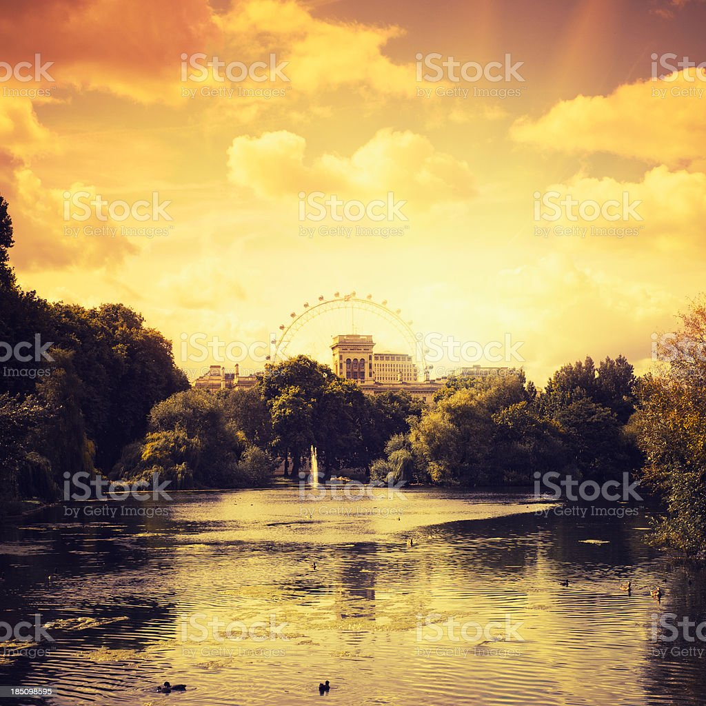 St james park in London at sunset stock photo