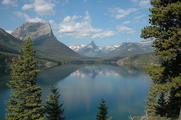 st. mary lake 2 - british columbia glacier national park stock pictures, royalty-free photos & images