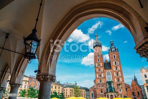 St. Mary's Basilica and Main Market Square (Rynek Glowny) in Krakow, Poland