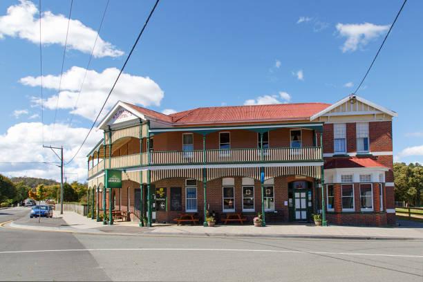 St marys hotel tasmania picture id1074785044?b=1&k=6&m=1074785044&s=612x612&w=0&h=ybjxhdddoss1tgjl3xjqpyfl 5jnwpdrszlqpd9ud2s=