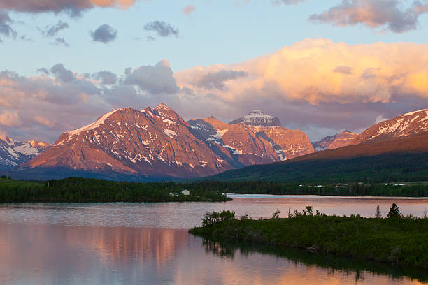 st. mary's lake - st. mary lake stock pictures, royalty-free photos & images