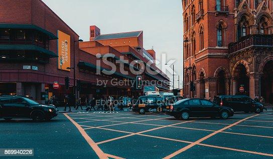 172864410istockphoto St Pancras Railway Station, Euston Road, Traffic, Commuters 869940226