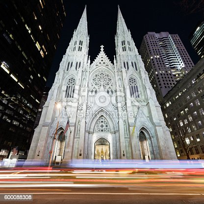 St. Patrick's Cathedral ( New York City).