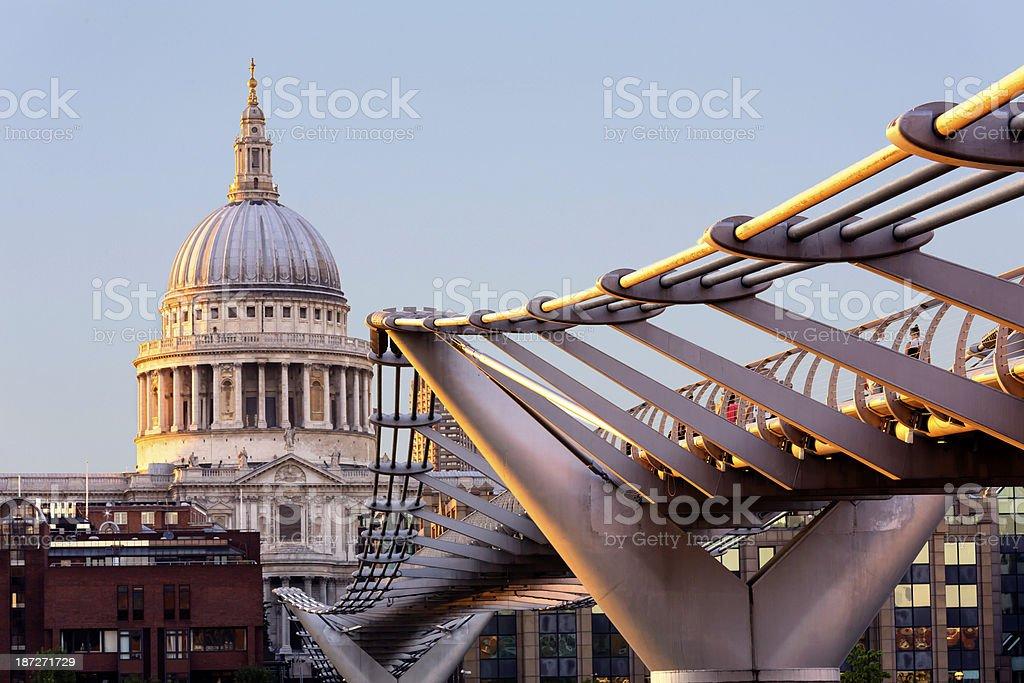 St Paul's Cathedral and Millenium Bridge stock photo