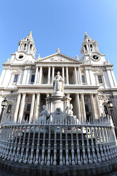 st. paul's cathedral in london - paul simon bildbanksfoton och bilder
