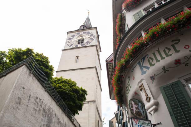 st. peter church in zürich - zurigo foto e immagini stock
