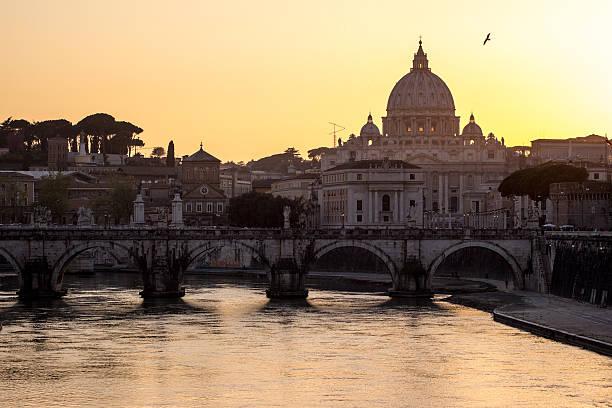 st. peter's basilica in vatican city, italy - pope francis stok fotoğraflar ve resimler