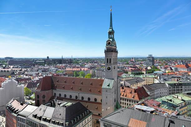 st. peter's church i münchen, tyskland - sankt peterskyrkan münchen bildbanksfoton och bilder