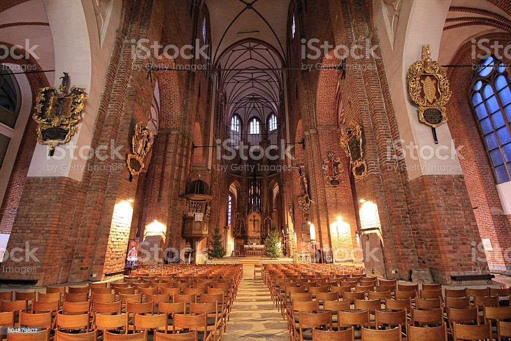 St Peters Churchinterieur In Riga Lettland - Stockfoto | iStock