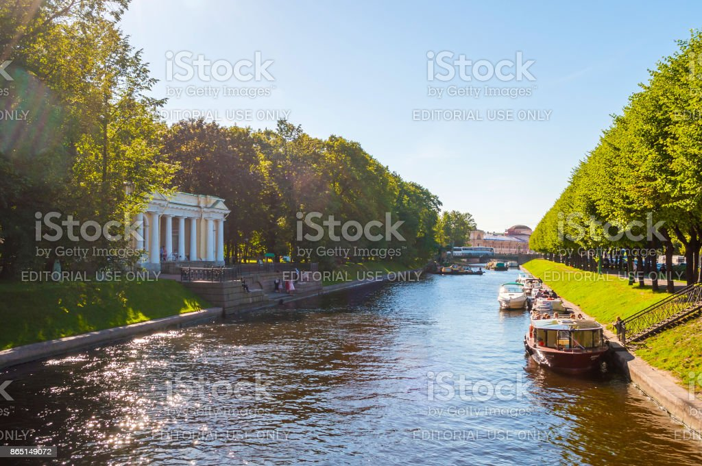 St Petersburg, Russia. Rossi Pavilion and the Moika river stock photo