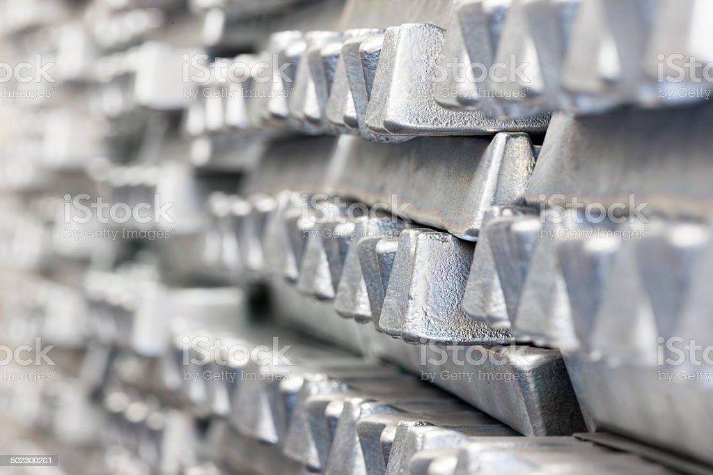 Stapel von Aluminium ingots. - Lizenzfrei Aluminium Stock-Foto